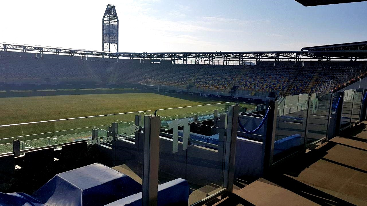 Frosinone terreno di gioco stadio Stirpe