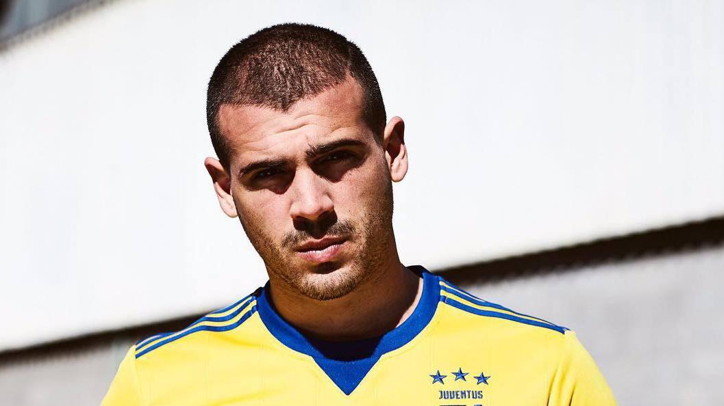 Sturaro maglia gialla Juventus