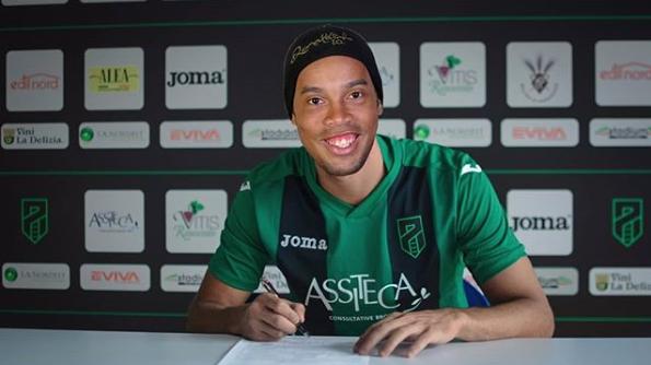 Ronaldinho-Pordenone