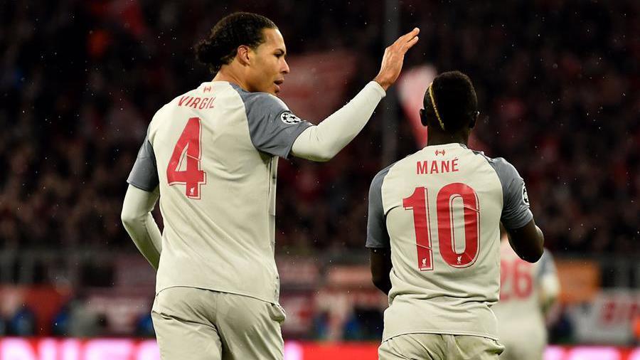 De Vrij e Mane in Bayern Monaco - Liverpool